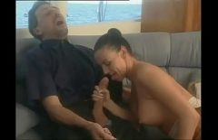 Girls Who Fuck Animals Baga Hell Of Pula In The Mouth Porn