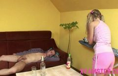 The Boy Varies On The Table In Her Pussy Porn Sees His Big Cock
