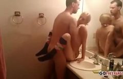 Sex Perverts In The Bathroom With Pussy Completion Xxx