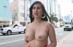 The Good Guy Walks Naked On The Street And Has Sex With Several Men At The Hotel