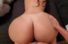 Well Made Tattoo Xxx Is Fucked In The Mouth By A Beat Taxi Driver