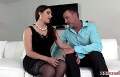 Vale Nappi Has A Love Affair With A Man With A Great Desire For Sex
