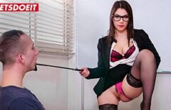 Vale Nappi Makes Porn Movies For 1000 Euros With Two Men